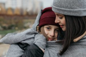 Savoir trouver sa « juste » place  auprès des adolescents
